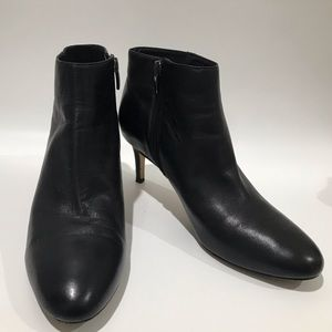VIA SPIGA black leather ankle boots